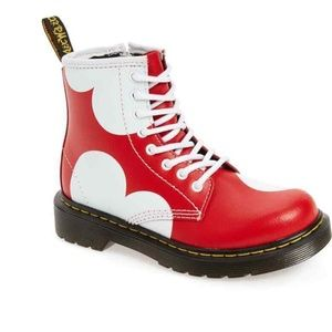 Dr Martens Boots Delaney Heart Boy Girl Size 3 34